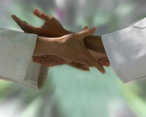 hands_medium